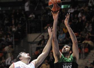 Hernández-Sonseca en un partido con el DKV.
