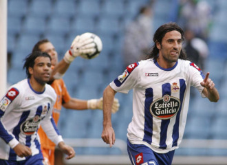 Juan Rodr�guez celebra un gol con el Deportivo en la temporada pasada
