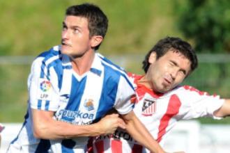 Joseba Llorente se fajó con la defensa rival y consiguió el gol que abrió la lata