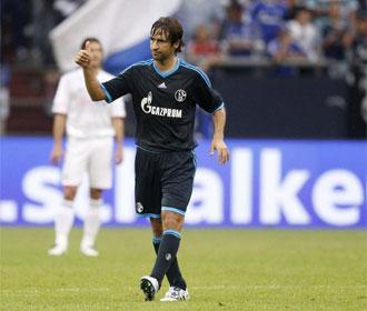 Ra�l, tras conseguir uno de sus tantos ante el Bayern de Munich