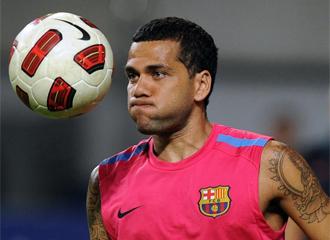 Alves, en un entrenamiento.