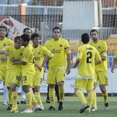 El Villarreal b celebra un tanto la campa�a pasada