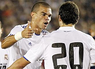 Pepe, durante el partido ante los Galaxy
