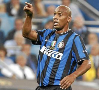 Maicon durante un partido con el Inter