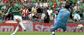 Chicharito acaba con la racha de Casillashttps://www.marca.com/2010/08/11/futbol/seleccion/1281560714.html