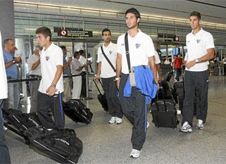 Los jugadores, a su llegada al Aeropuerto de M�laga