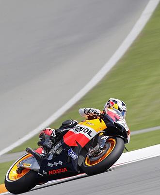 Pedrosa, en plena vuelta al circuito de Brno.