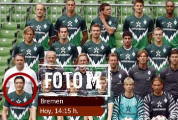 Ozil, en la foto oficial del Werder Bremen
