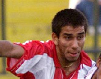 Nelson Cuevas durante un partido