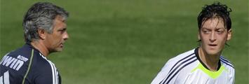 Mourinho y �zil
