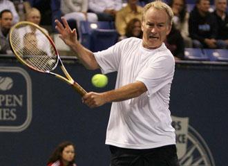 El ex tenista John McEnroe en un partido de gala.