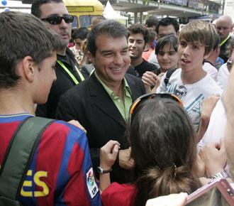 Joan Laporta fue aclamado por la gente en las �ltimas elecciones por la presidencia del Bar�a.