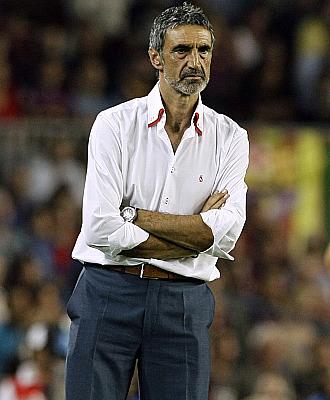 Alvarez sigui� con preocupaci�n la actuaci�n de su equipo ante el Bar�a