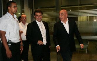Galliani, junto al ex presidente del Bar�a, en su �ltima visita en la Ciudad Condal