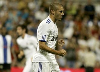 Benzema celebra el 1-1