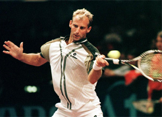 Thomas Muster, durante un torneo en el a�o 1998.