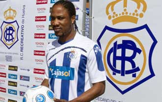 Elvis Onyema hab�a sido presentado con el club