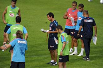 Quique prefiere no desvelar el once titular frente al Inter