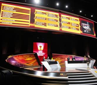 Plano general del sorteo de la Europa League disputado en M�naco.