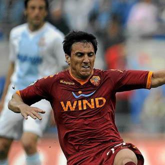 Burdisso se convirtió en uno de los estandartes de la buena campaña romanista la temporada pasada