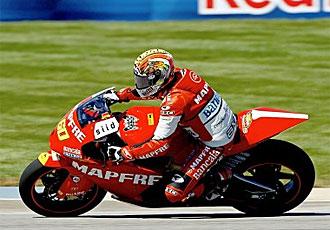 Simón hace historia para el motociclismo español