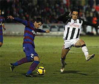 Echaide, en un partido con el Huesca la pasada temporada.