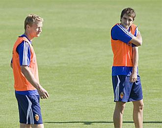 Jarosik y Goni, en un entrenamiento con el Zaragoza