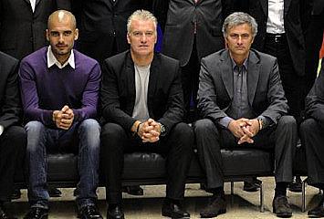 Guardiola y Mou, con Deschamps entre ellos