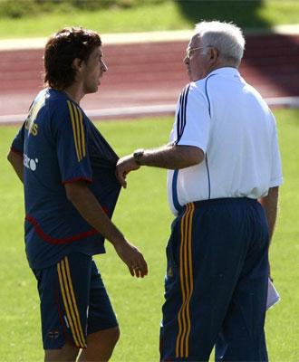 Luis Aragon�s junto a Ra�l en una imagen de archivo