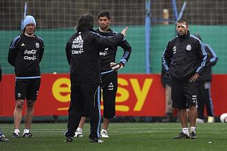 Batista dirige el entrenamiento de Argentina