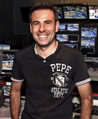 Felipe del Campo posa en el control de realizaci�n de MARCA TV.