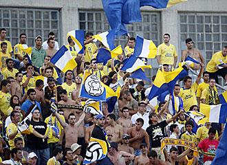La afici�n de Las Palmas est� respondiendo a este buen inicio y en s�lo quince d�as se sumaron 3.500 espectadores m�s al Estadio.