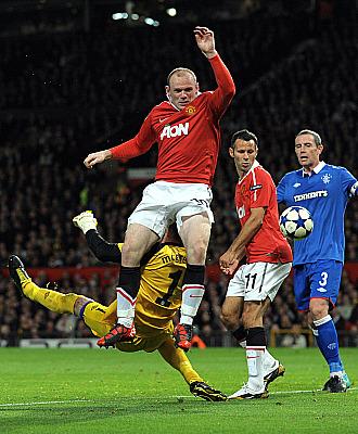 Rooney no tuvo su noche ante la puerta escocesa