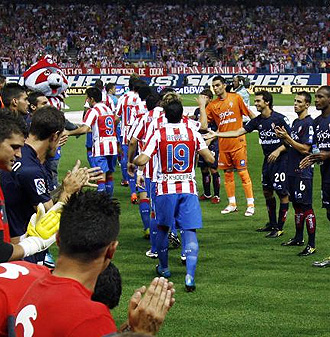 El Atl�tico de Madrid recibe en casa al Barcelona, el partido m�s interesante de la jornada.