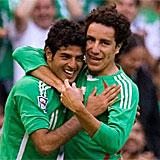 Carlos Vela y Efra�n Ju�rez