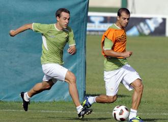 Nacho y Juanma en un entrenamiento del Real Betis