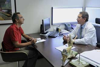 José Manuel Castillo entrevistando a Mikel Sánchez