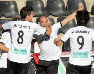 El Salamanca lleva un empate y una victoria en El Helm�ntico