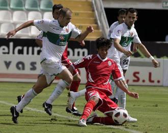 Elche y Valladolid disputaron un encuentro muy igualado.