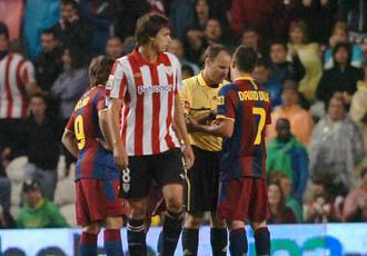 Mateu Lahoz expulsa a David Villa en San Mam�s