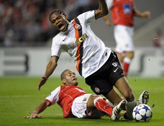 Luz Adriano dio buena cuenta del Braga
