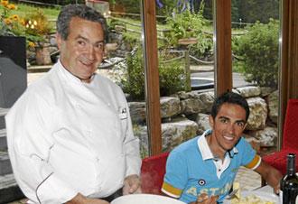 Contador con Olalla en una comida