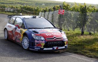 Loeb, durante un tramo de la primera etapa