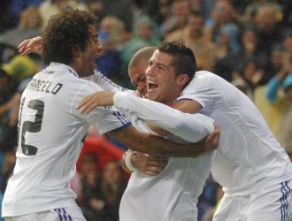 Los jugadores del Real Madrid celebran un gol