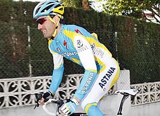 David De la Fuente en un entrenamiento con Astaná.