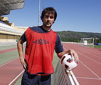 L�pez Garia, posando para un reportaje de Marca en la pretemporada en tierras portuguesas