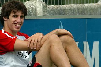 Javi Mart�nez, en un entrenamiento del Athletic