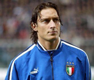 Totti, antes de un partido con la selecci�n italiana.
