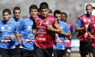 Hidalgo comanda la carrera continua de sus compa�eros durante un entrenamiento.