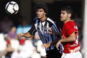 Pablo Ruiz, a la izquierda, la pasada temporada ante el Albacete.